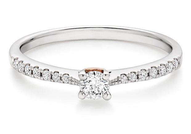 Modern Diamond Engagement Rings