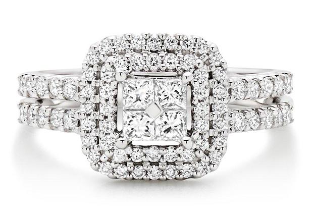 Statement Glamour Diamond Engagement Rings