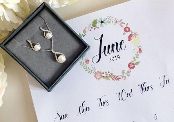 June's Birthstone | Pearl