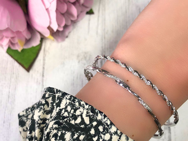How To Style Your Diamonds