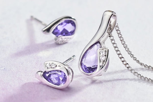 February's Birthstone | Amethyst