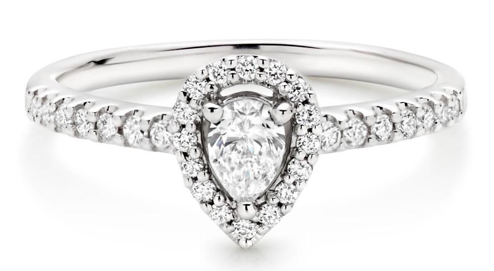 Pear Shaped Diamond Rings