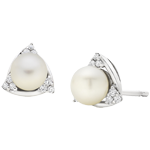 9ct White Gold Diamond Freshwater Cultured Pearl Stud Earrings