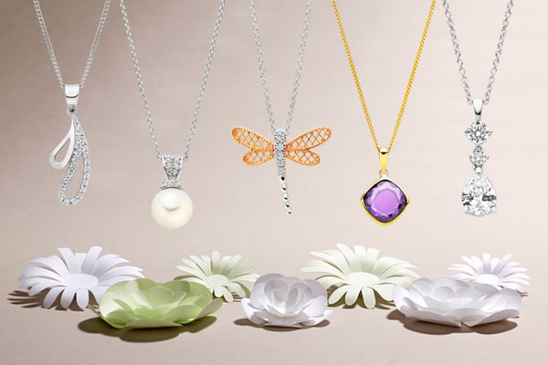 Our top 5 pendants for summer