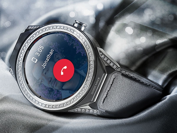 d09080c1bd8bb1 Smart Watch Buying Guide | Beaverbrooks the Jewellers