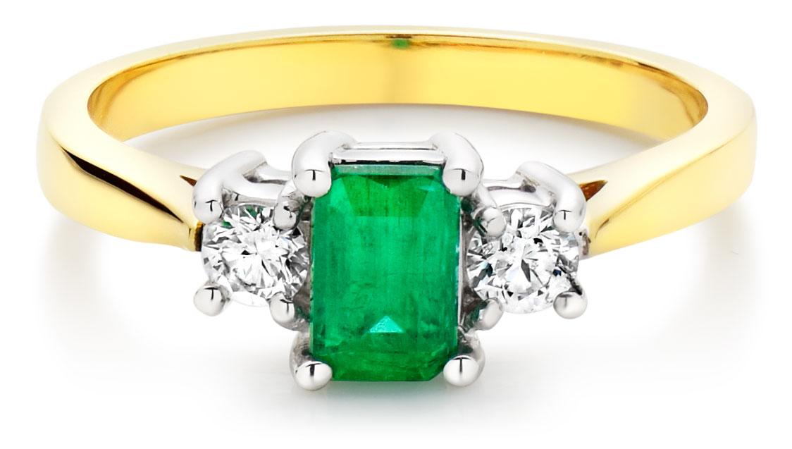 18ct Gold Diamond and Emerald Three Stone Ring
